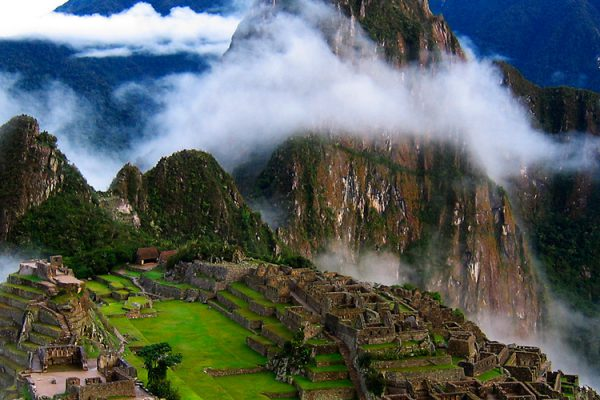 Tour Sacred Valley with Connection to Machupicchu