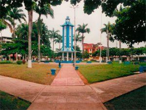 plaza-de-Puerto-Maldonado