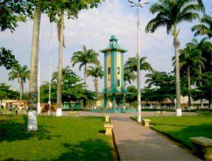 plaza-de-armas-de-Puerto-Maldonado